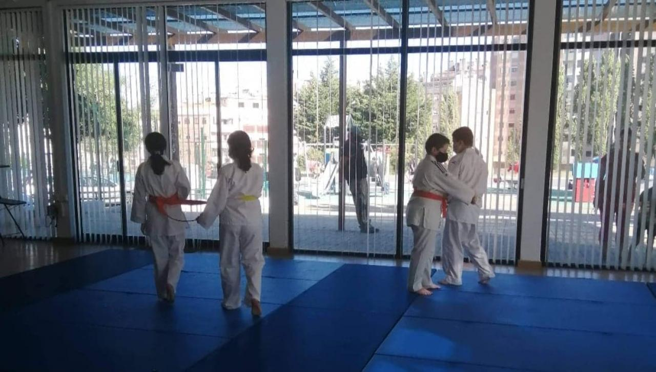 Aulas de Judo e Atletismo