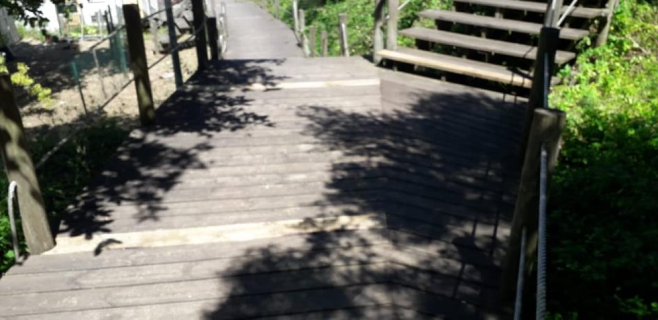 Manutenção da escadaria entre a Rua Melquíades Marques e os acessos à Rua Belver e Impasse Bela Vista